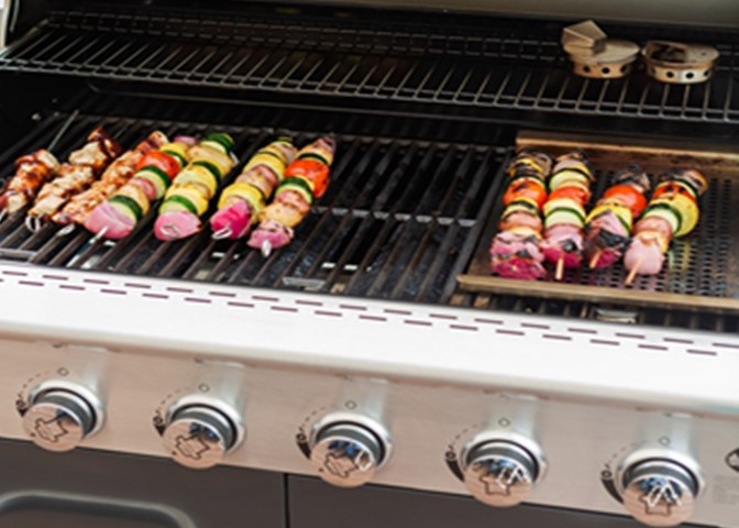 Grilling Tip of the Day-No Peeking!